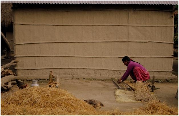 mat using rice hay