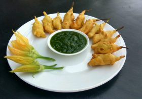 How to make Pumpkin Flower Pakoras ?