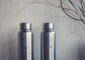 PUGDUNDEE SAFARIS FIGHT AGAINST SINGLE USE PLASTIC :  Single Use Tetrapak Juices Replaced with Fresh Drinks in Steel Sippers.