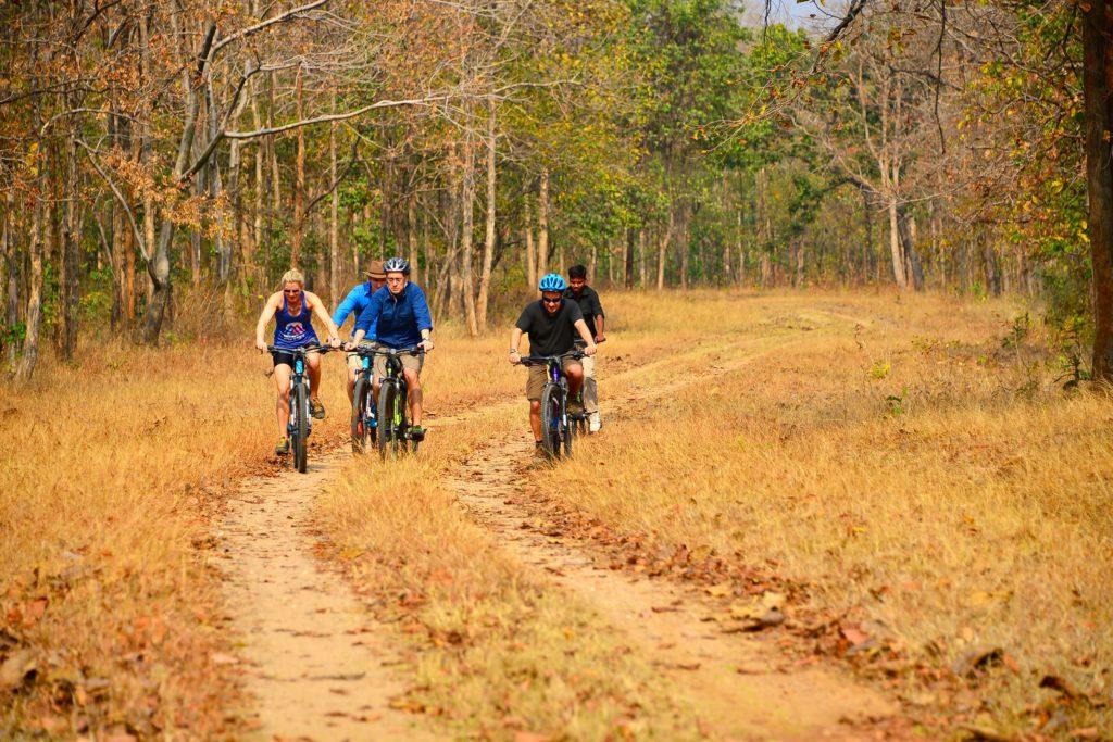 pugdundee-safaris-cycling-trails-at-kanha