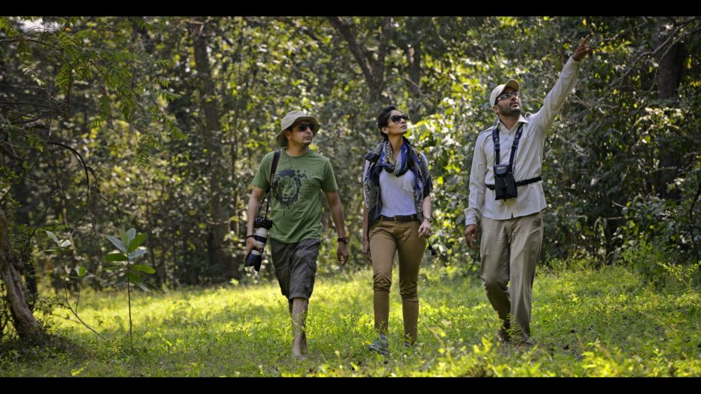 pugdundee-safaris-nature-walk-at-kanha