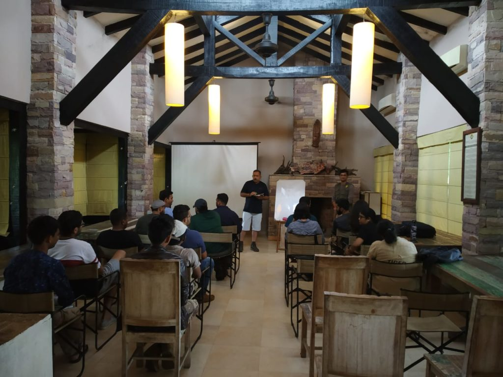 pugdundee-safaris-professional-naturalist-training-course-classroom