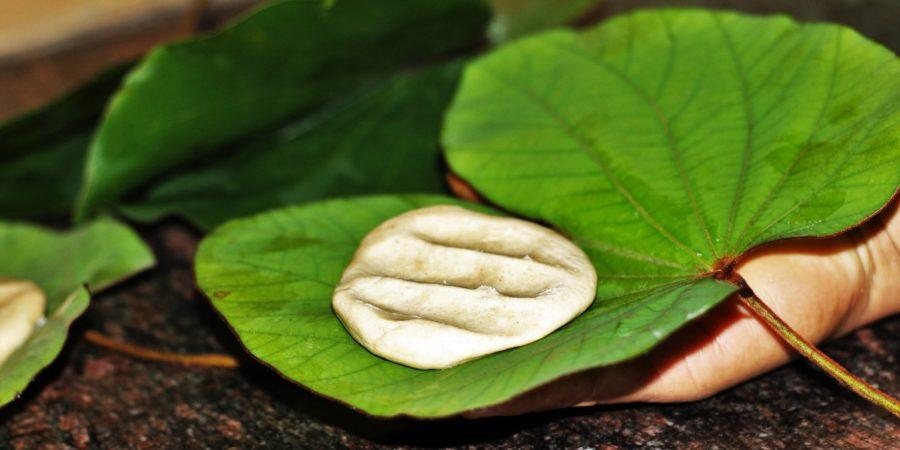 Pugdundee-safaris-food-from-central-india-Tikkad-roti-Tikkadroti