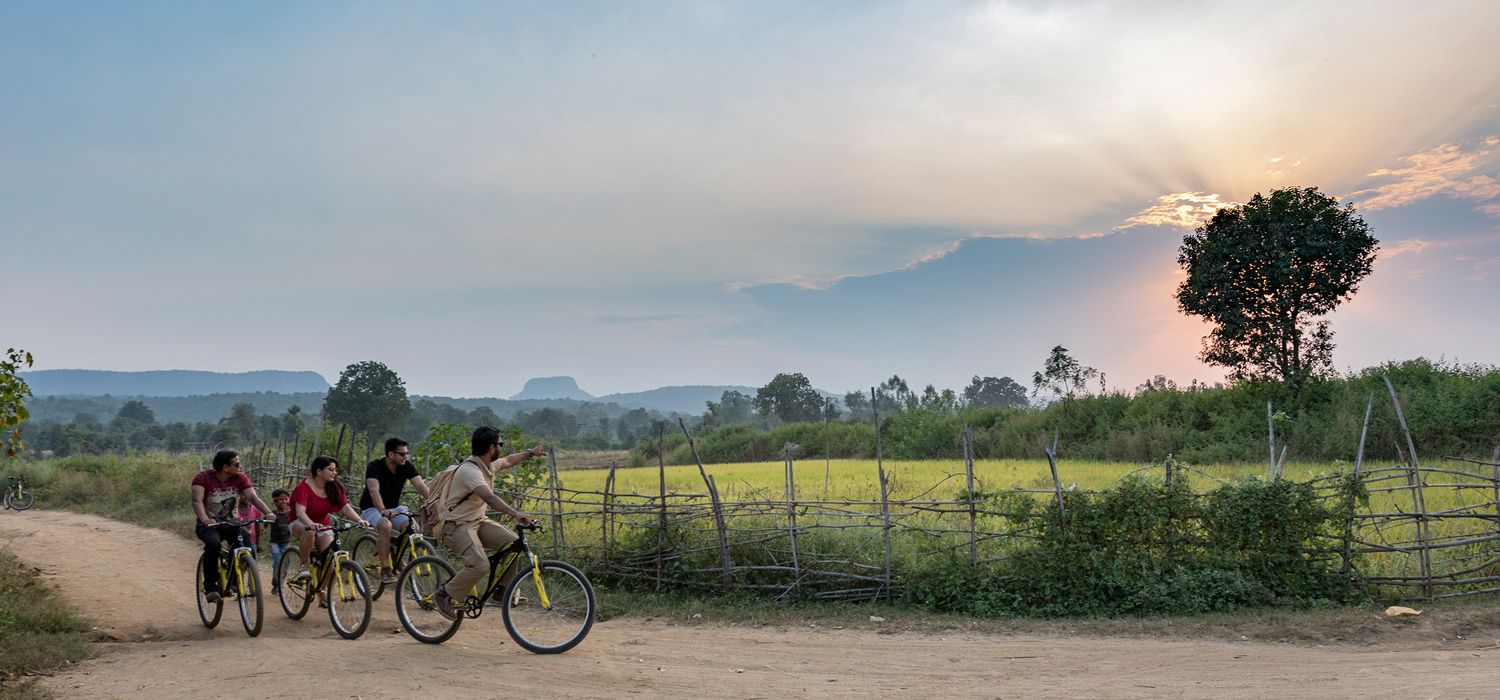 Cycling in Bandhavgarh