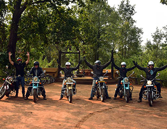 Motorbike tours in india